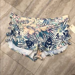 Roxy swim shorts (NWT)
